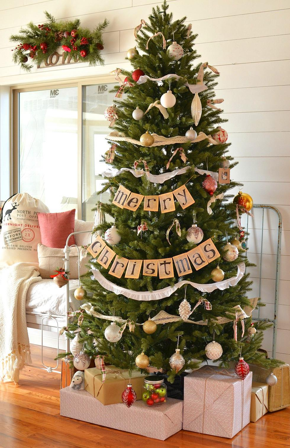 65+ Pretty DIY Christmas Tree Decor Ideas