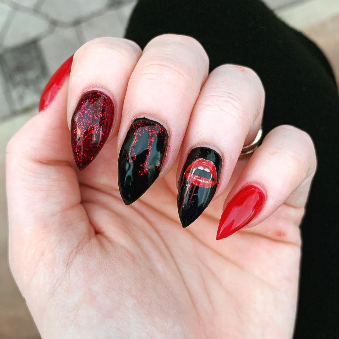55 Amazing Halloween Nail Art Ideas