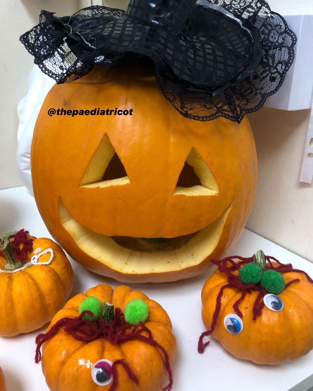 45 Easy Pumpkin Carving ideas for Kids 2020