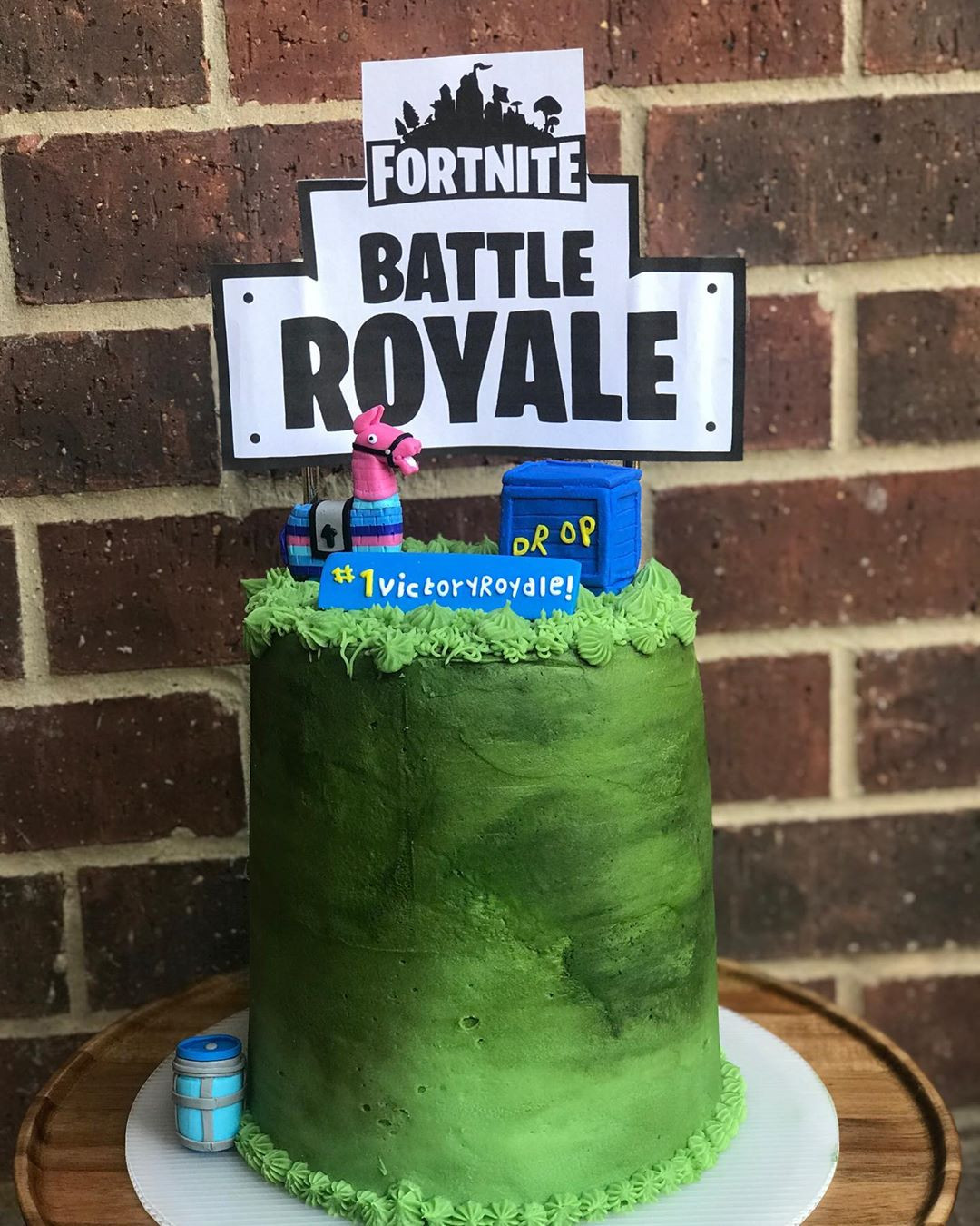 50 Fortnite Cake Ideas for Birthday Party in 2020