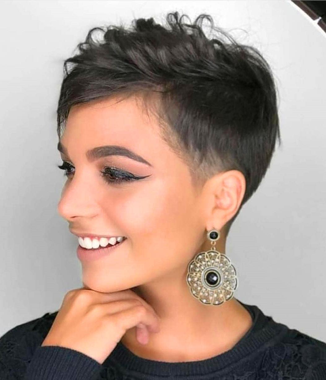 80 Trendy Short Pixie Hairstyles For Women #ShortHairstyles #Hairstyles #ShortHair