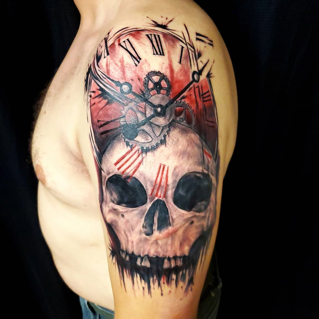 35 Watercolor Skull Tattoo Designs For Men and Women
