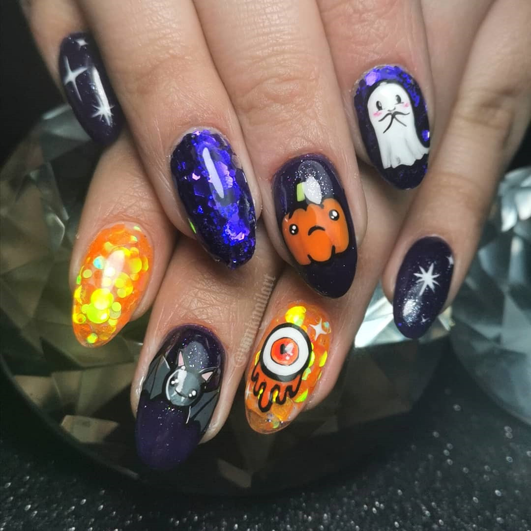 55 Amazing Halloween Nail Art Ideas #Halloween #HalloweenNail