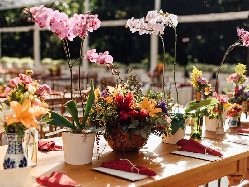 36 Charming Wedding Ideas On A Budget