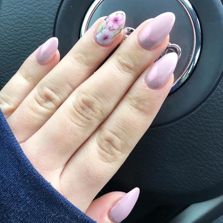 65 Pretty and Delicate Floral Nail Designs 2019  #nails #nailsdesign #nailsart #FloralNail #FlowerNail