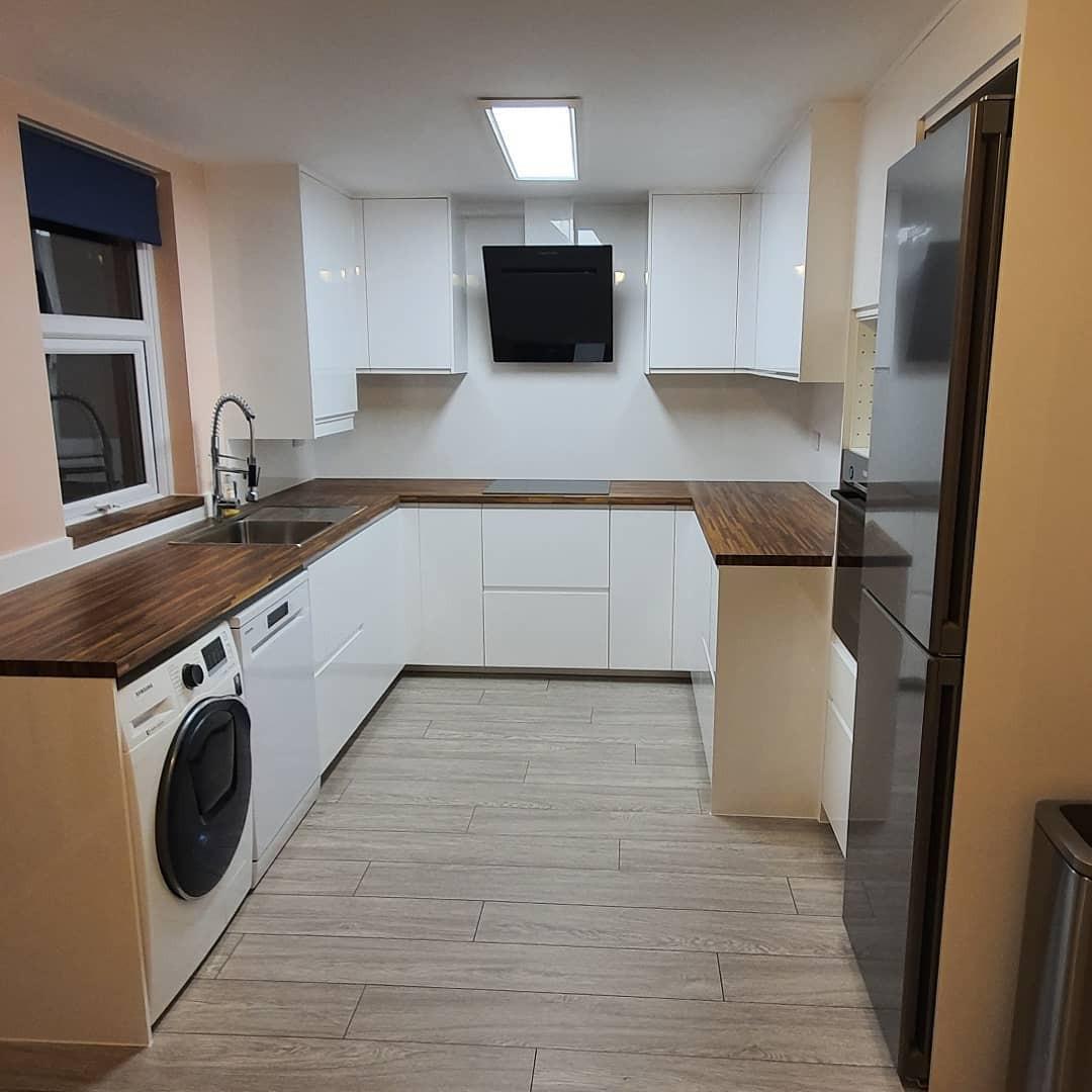 White Kitchen Design Ideas for Modern Home,modern white kitchens,modern white kitchens 2019,modern white kitchens 2020,small white kitchens