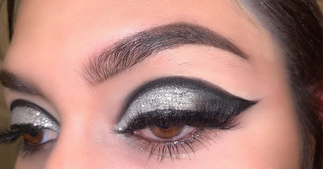 40 Glamorous Silver Grey Eye Makeup You Are Sure to Love #Silver #Makeup