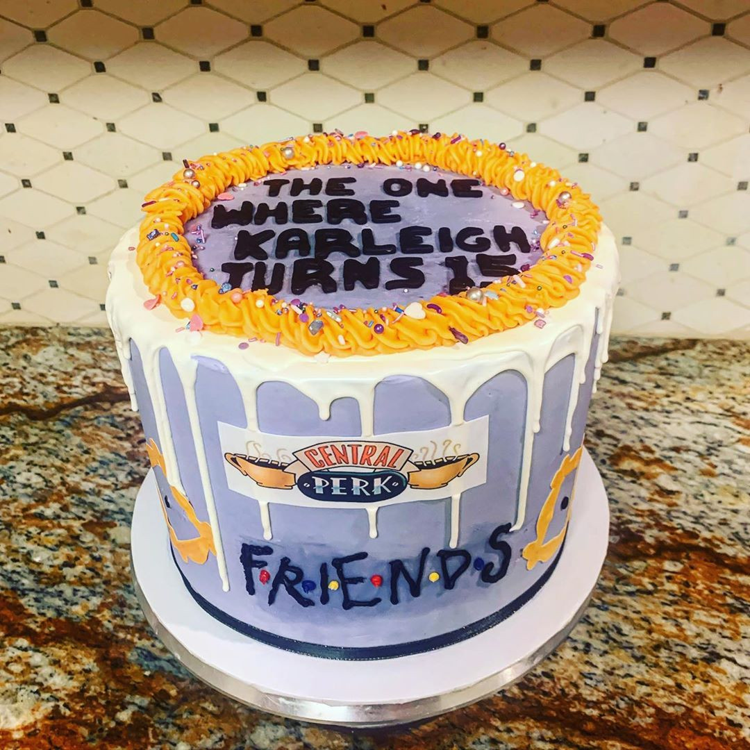 48 Super Tv Shows Birthday Friend Cake Ideas,friends cake decorations,friends birthday cake topper,friends themed cake decorations