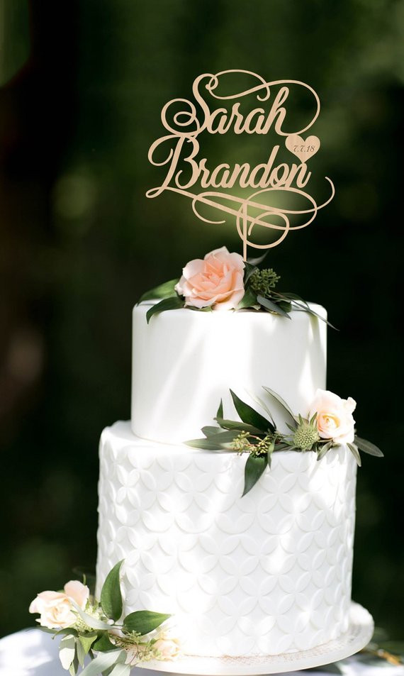 45 Best Wedding Cake Toppers You Are Sure to Love,beautiful wedding cake toppers,wedding cake toppers michaels,wedding cake toppers amazon,traditional wedding cake toppers