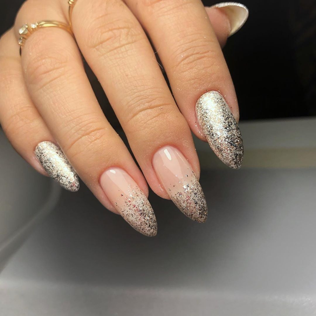 50 Acrylic Nail Designs to Fascinate Your Admirers,acrylic nail ideas 2020,acrylic nail ideas coffin,acrylic nail designs for summer