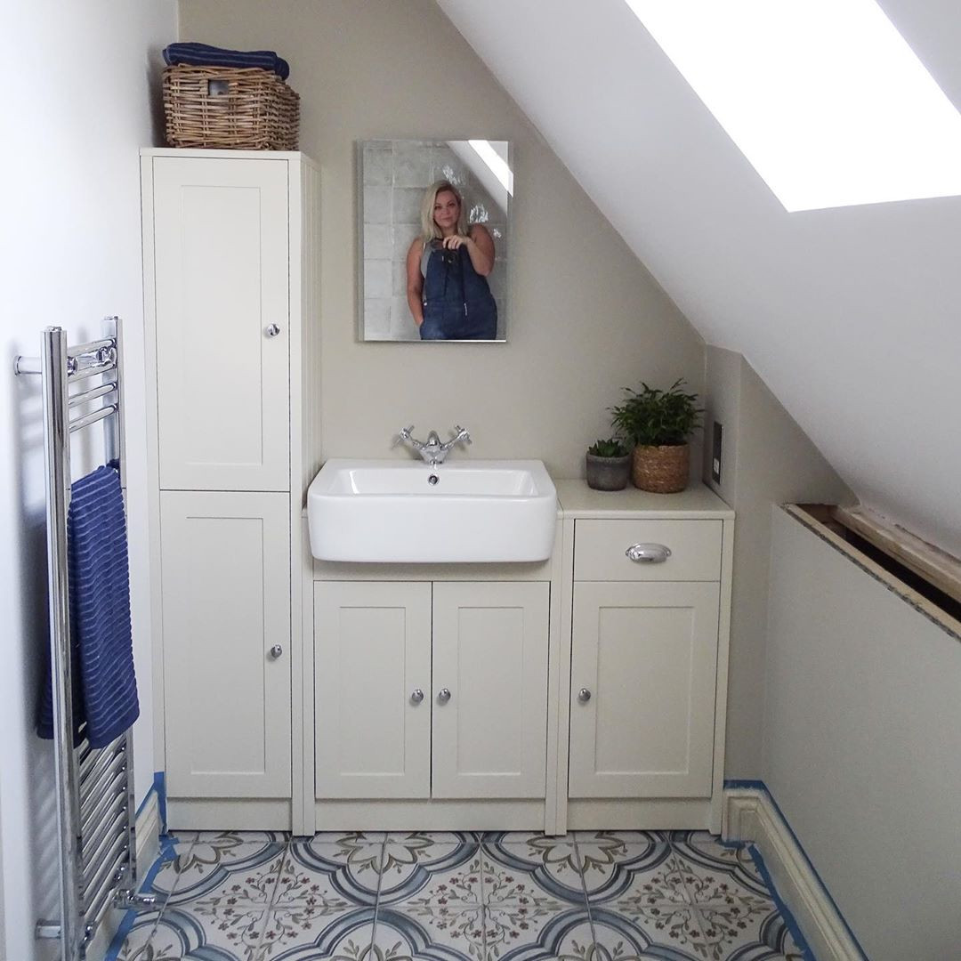 50 Attic Bathrooms to Inspire Your Next Renovation,attic bathroom plumbing,attic bathroom sloped ceiling,attic bathroom cost,attic shower ideas