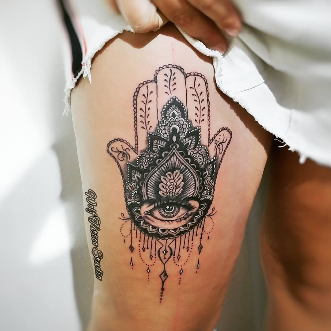 50+ Spiritual Hamsa Tattoo Designs & Meanings 2020,hamsa tattoo small,hamsa tattoo mens,hamsa tattoo drawing