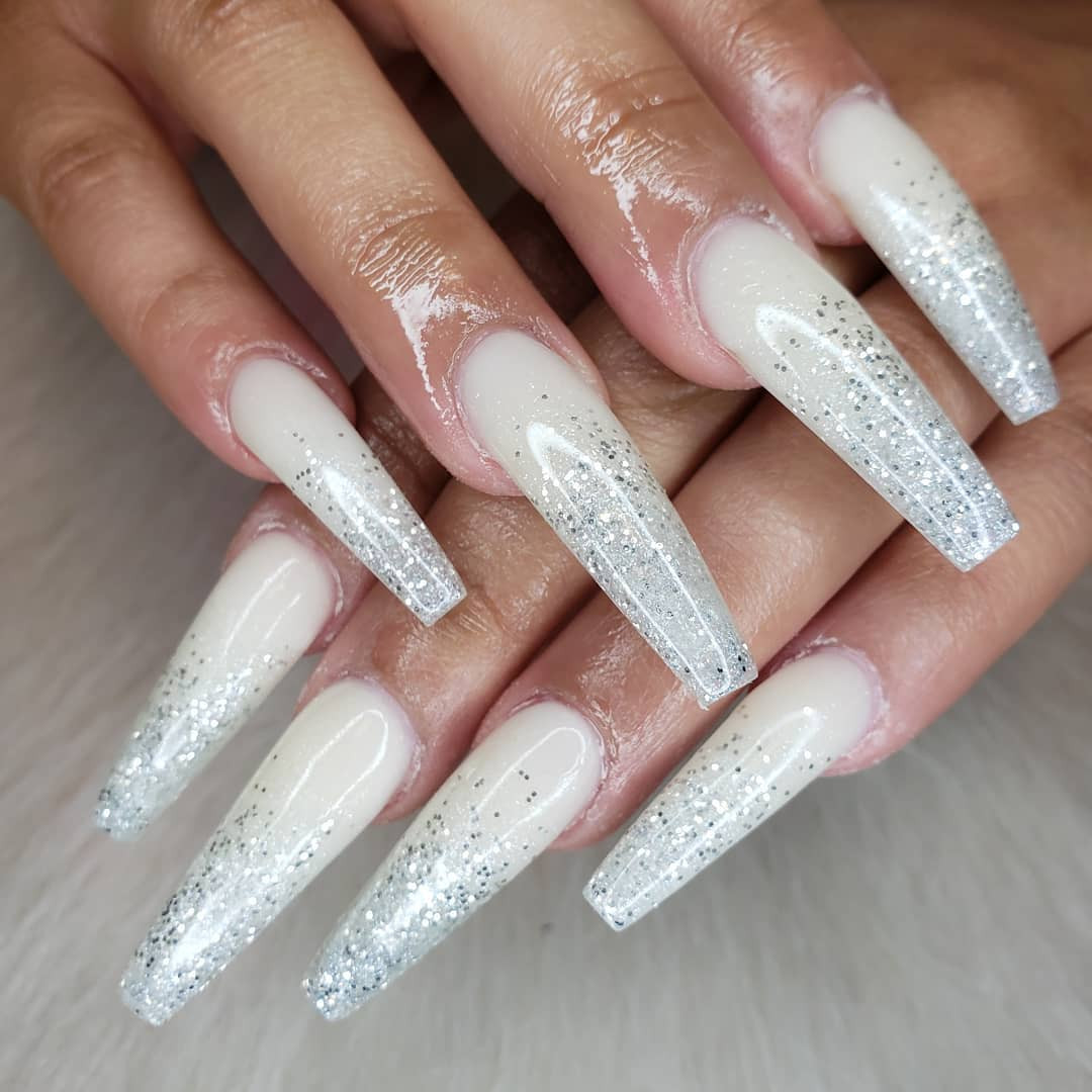 38 white ombre nails coffin That Will Look Amazing In Every Season,ombre nails designs,ombre nails french,ombre nails gel,ombre nails short