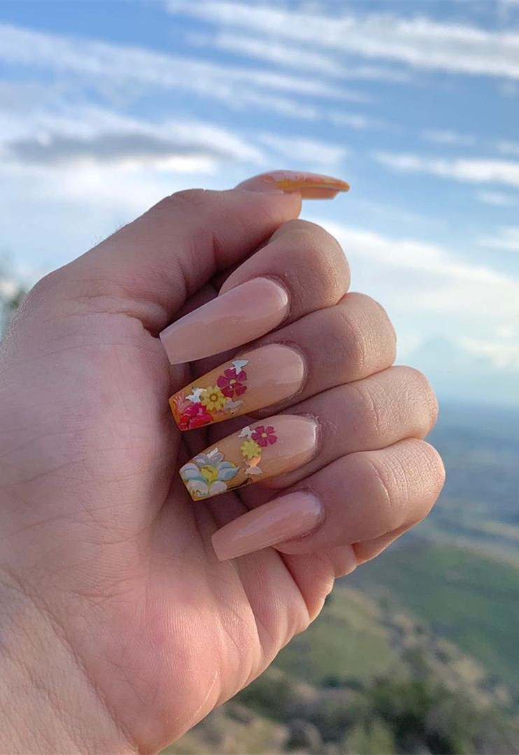50 Spring Nails Trends That Are in for 2020,spring nails 2020,spring nailsacrylic,spring nails colors,spring nails coffin