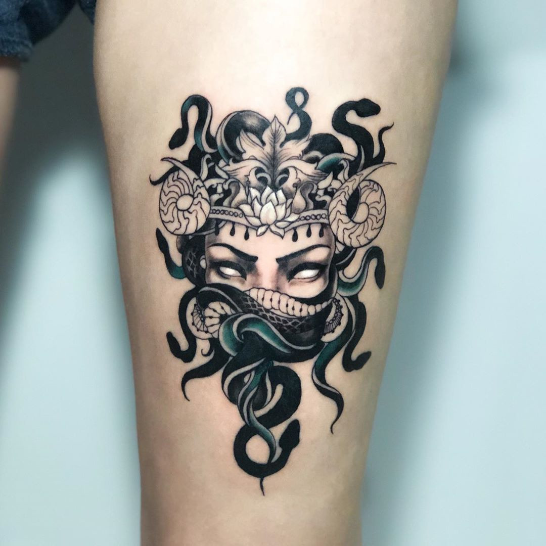 50 Medusa Tattoo Designs For Men and Women,beautiful medusa tattoo,medusa tattoo hand,versace medusa tattoo,medusa tattoo chest