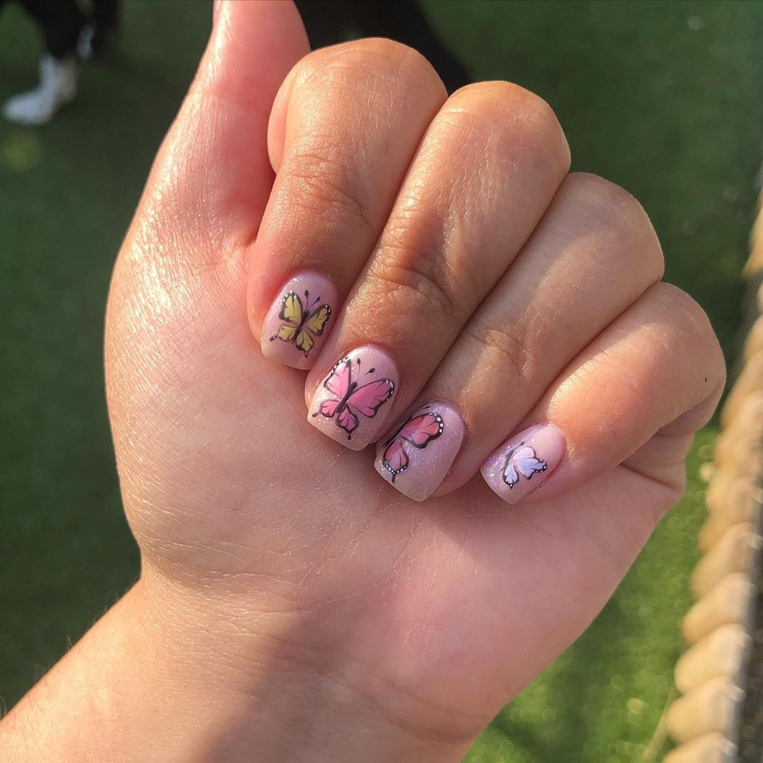 50 Cute Summer Nail Designs for 2020,summer gel nails 2020,nail designs 2020,nail trends 2020