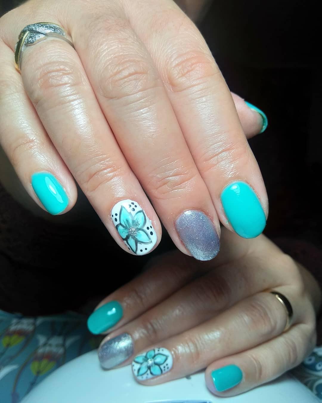 50 Cute Summer Nail Designs for 2020,summer gel nails 2020,nail designs 2020,nail trends 2020