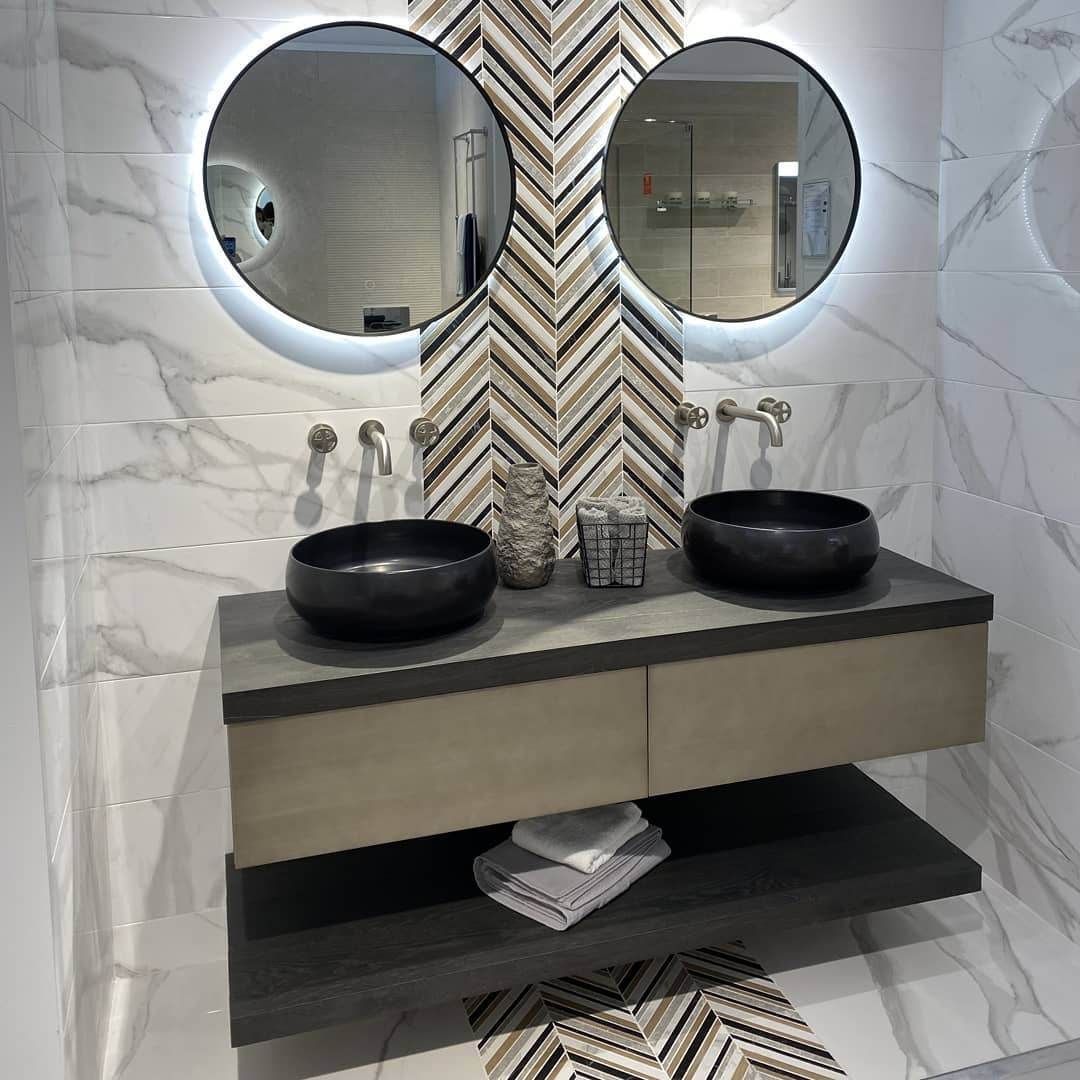 54 Luxury Bathrooms You Can Copy From Them,#luxurybathroom#modernbathroom#showerdesign#bathroomdesign#bathroomvanity#bathroomdecor#masterbathroom#bathroomstyle#bathroominspiration#bathroomsofinstagram